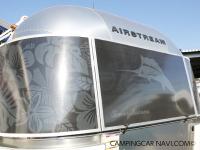 エアストリーム Tommy Bahama 19fの3枚目の画像を表示するボタン